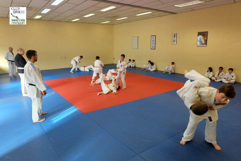 Gimnàs Pantiquet, Club Esportiu Pantiquet,Mollet del Vallès,Barcelona, tel. 935937750, Jiu Jitsu arte marcial