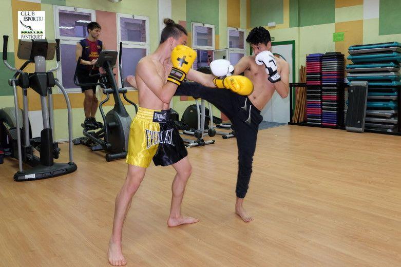 Muay Thai en Gimnàs Pantiquet Club Esportiu, Mollet del Vallès Barcelona, tel. 935937750