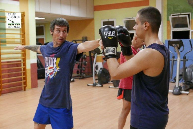Muay Thai en Club Esportiu Pantiquet,Mollet, estamos preparando las nuevas clases de Club Junior Pantiquet