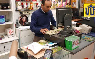Fotos DNI en Barcelona,fotos digitales y revelado analógico, Colorvif laboratorio fotográfico