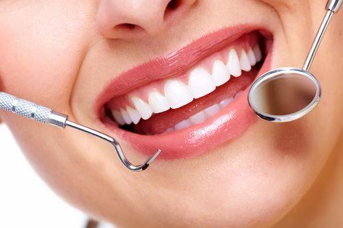 Seguro dental familiar, grandes descuentos, contrato anual, clínicas en toda España, Dentalitas