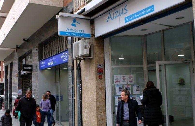 Seguro Dental familiar , cuidamos tu salud, revisión anual gratis, clínicas en toda España, Dentalitas