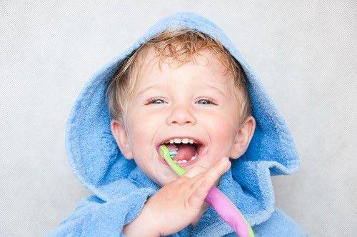 Seguro Dental familiar ,Dentalitas, hacemos revisión anual gratuita, clínicas en toda España