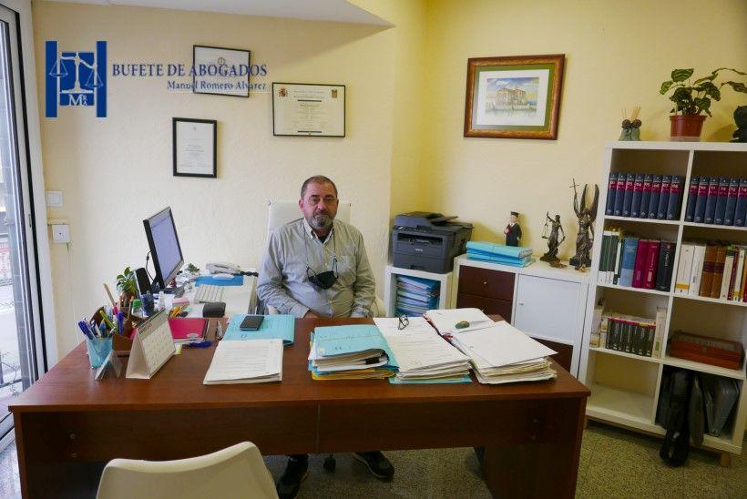 Abogados laboralistas, penales, civiles en Mollet, Derecho Laboral Advocat Manuel Romero