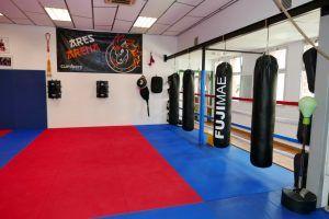 Nueva Escuela de Artes Marciales en Mollet Ares Arena, en tatami de Gimnàs Pantiquet
